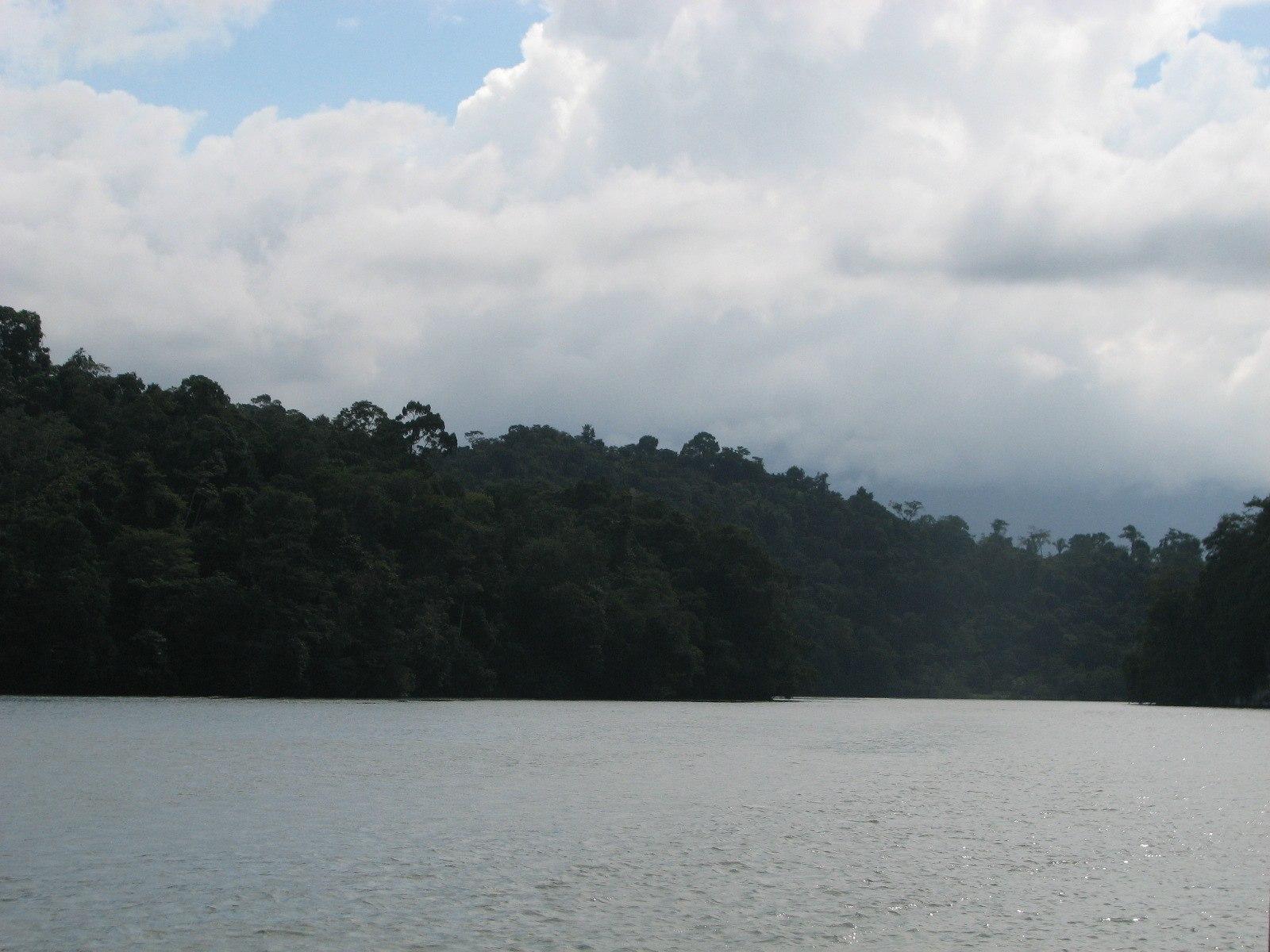 Placencia Belize To Fronteras Guatemala